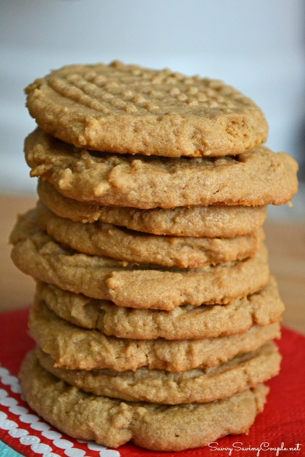 3 ingredient peanut butter cookies Super Easy Three Ingredient Peanut Butter Cookies #Recipe #GlutenFree