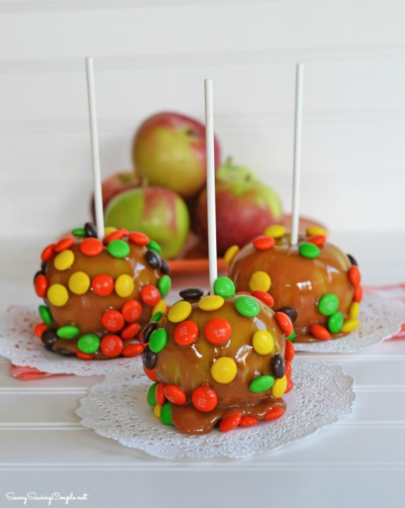 mm apples Easiest Candy Apple Recipe Ever!