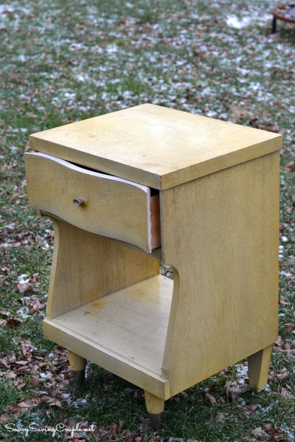 upcycled-end-table