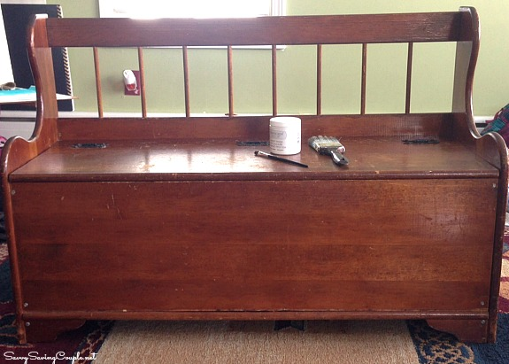 Old Deacon bench before the DIY